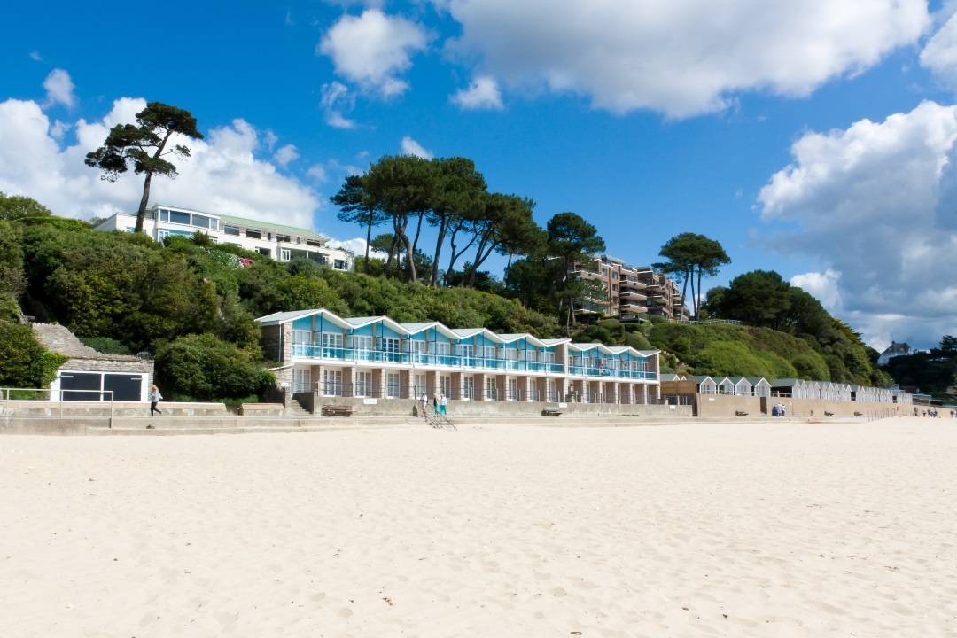 An image of an empty Poole beach Credit: Shutterstock
