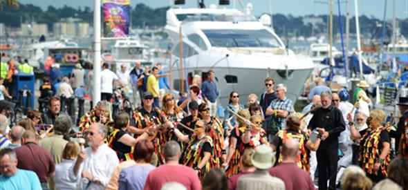 Folk on the Quay news