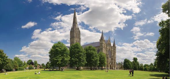 Salisbury Cathedral and surrounding close - credit Ash Mills