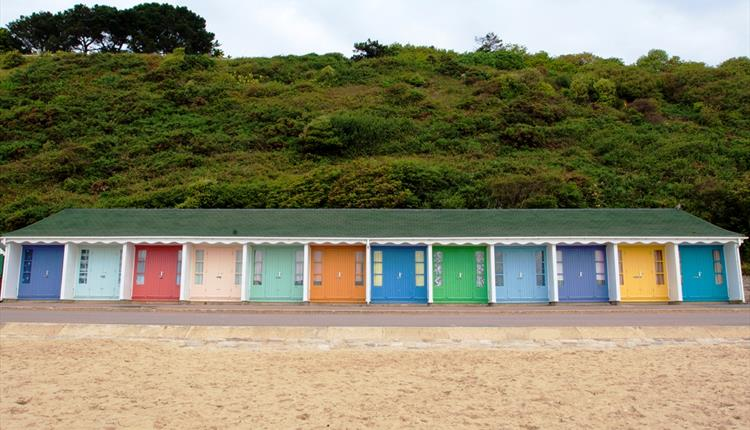 Branksome dean beach huts facing the cliff